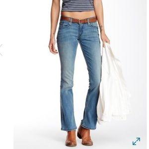 Levi's 524 Too Superlow Bootcut Jeans SZ 3S